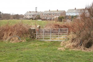 Walk 1.39 As the land rised cut across the field to stile by the farm gate